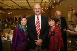 Drs. Carmen Tafdolla, Bruce Akright and Dr. Maria Ferrier